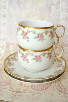 Beautiful Pair of Antique Limoges Teacups and Saucers