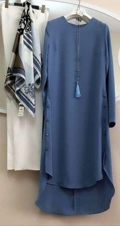 Style hijab simple rok new Ideas Abaya Fashion, Muslim Fashion, Indian Fashion, Fashion Dresses, Kurta Designs, Blouse Designs, Simple Dresses, Casual Dresses, Girls Designer Dresses
