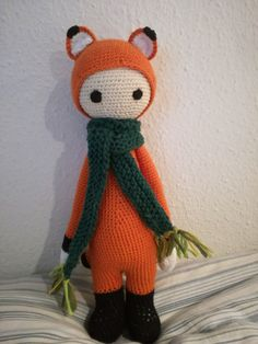 Fibi the fox made by Pennilaymay / crochet pattern by lalylala