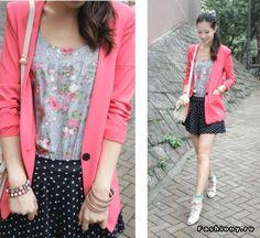 Блузку под розовый пиджак!