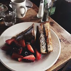 Nutella French toast to the rescue – one of my go-to orders anywhere.