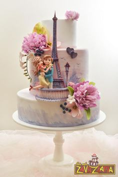 From Paris with Love by Nasa Mala Zavrzlama - http://cakesdecor.com/cakes/220060-from-paris-with-love
