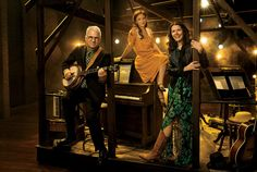 Steve Martin, Carmen Cusack, and Edie Brickell on the Bright Star set at the Kennedy Center, in Washington, D.C. Photograph by Mark Schäfer.
