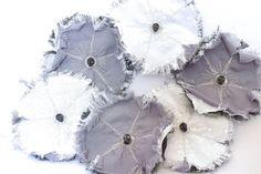 Vanity flower brooch fabric brooch with skull memento mori