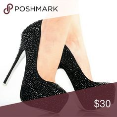Mascotte Linda-03 Black Beautiful Black Sparkling Shoes. Great for a evening out!! Mascotte  Shoes Heels