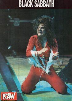Blizzard Of Ozz - Ozzy Osbourne onstage 1981 Ozzy Osbourne Black Sabbath, Blizzard Of Ozz, Metal Health, Music Icon, My Prince, Led Zeppelin, Rock Music, The Rock, Music Artists