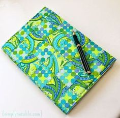 cute way to use up all those bits and pieces left over from my charm packs: Patchwork notebook tutorial