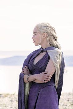 Daenerys Targaryen in Game of Thrones Season 4