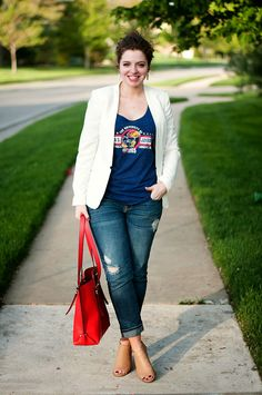 How to dress up your favorite college shirt// http://www.theadoredlife.com/2014/05/the-final-week.html
