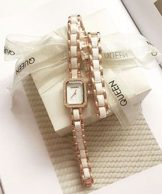 Louis Vuitton ルイヴィトン アップルウォッチ バンド ベルト 交換 Apple Watch Series対応 革 Apple Watch, Chanel Watch, Belt, Watches, Accessories, Belts, Waist Belts, Clocks, Clock