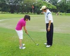 Best Golf Putting Training Aids to perfect line and distance skills. Boomerang Putting system is the ultimate putting skill trainer. Buy putting trainer and putting mat combo today or book an online lesson to learn the technique. Golf Putting Tips, Golf Practice, Golf Accessories, Golf Tips, Baseball Field, Improve Yourself, Golf Courses, Internet, Learning