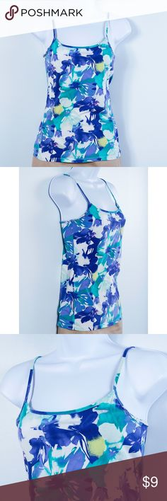 Ann Taylor LOFT Floral Cano Top Super cute and soft floral cami top by Ann Taylor LOFT.Perfect for layering or wearing on it's own.Can be dressed up for office wear or paired with shorts in the summer.Adjustable straps.Excellent condition.Women's size small. LOFT Tops Camisoles