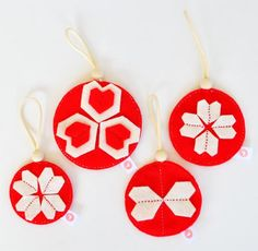 KALEIDOSCOPE BALL SETS - BRIGHT RED + CREAM Heartfelt Christmas Decorations - to spread a lot of joy!