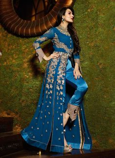 Buy the latest designer anarkali suits at Lashkaraa, we have a wide range of floor length anarkali suits, party wear and anarkali dresses for every occasion Bollywood Outfits, Pakistani Outfits, Bollywood Fashion, Indian Outfits, Bollywood Style, Bollywood Actress, Anarkali Dress, Anarkali Suits, Lehenga Choli