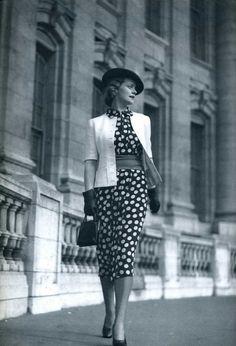 Springtime 1930s polka dot fashion inspiration.