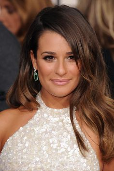 Lea Michele dazzles photographers with these beautiful hanging earrings