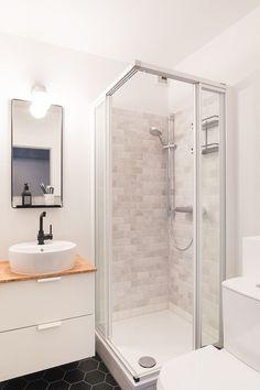 Small Basement Bathroom, Small Bathroom Interior, Bathroom Sink Design, Small Bathroom Layout, Small Bathroom With Shower, Bathroom Plans, Tiny Bathrooms, Bathroom Design Luxury, Bathroom No Window