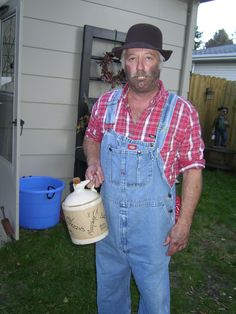 hillbilly jim more redneck pinup dads parties redneck xmas hillbilly ...