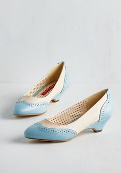 Sweet Spectator Heel in Sky. Peruse the national bake-off grounds, admiring mouthwatering recipes as tasteful as your vintage-inspired kitten heels by Bait Footwear. #gold #prom #modcloth