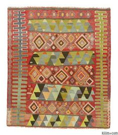Vintage Sivas kilim rug embroidered with jijims. This kilim is around 60 years old and in very good condition.