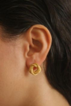 Every girl should wear earrings. Earrings add feminity and cuteness to any girl's look. Therefore, in this article, we have gathered the cutest pairs of earrings. These earrings are fabulous. They look majestic and they are suitable to wear with any outfit. Go ahead and take a look, you will definitely love them. #goldearrings