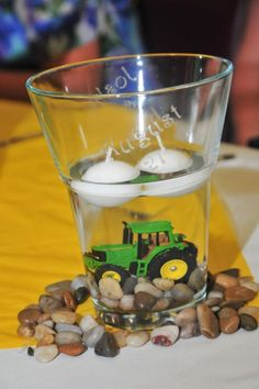 he wants John Deere in the mix John Deere Wedding, Tractor Wedding, John Deere Party, Farm Wedding, Tractor Baby Shower, Baby Boy Shower, Deer Wedding, Wedding Ideas, Wedding Stuff