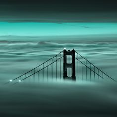 Oh it's the usual, The Golden Gate under fog.......but it'll clear up soon.