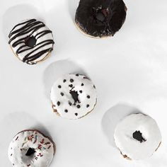 As it turned out everyone wanted a donut but I wanted four.  #whywhiteworks