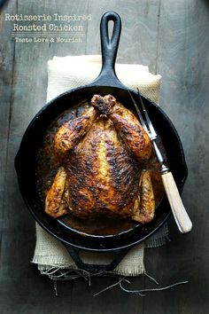Rotisserie Inspired Roasted Chicken – Taste Love and Nourish Rotisserie Inspired Roasted Chicken – This is one of the most flavorful and delicious chicken recipes with a no-fail roasting method that you'll love! Best Roasted Chicken, Roast Chicken, Rotisserie Chicken, Chicken Giblets, Stuffed Chicken, Pork Roast, Fried Chicken, Roast Brisket, Cast Iron Roasted Chicken