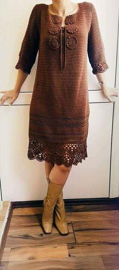 Crochet Long Dresses, Crochet Skirts, Crochet Clothes, Knit Sweater Dress, Crochet Cardigan, Crochet Woman, Cute Sweaters, Crochet Fashion, Crochet Accessories