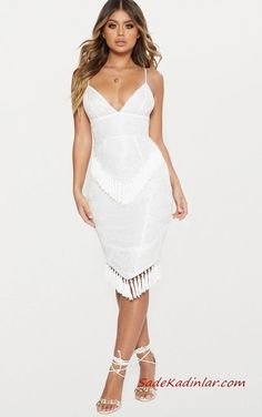 Look extra extravagant and turn heads in our range of cute cocktail dresses for women. Shop women's cocktail attire ideal for those special events at PLT USA. Cute Fall Outfits, Classy Outfits, White Outfits, Formal Wear Women, Cocktail Attire, Robes Midi, Special Dresses, Formal Dresses, The Dress