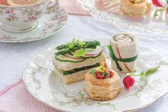 These Cucumber Tea Sandwiches with Herb Aïoli are a great addition to your upcoming afternoon tea events. Tee Sandwiches, Cucumber Tea Sandwiches, Tea Party Sandwiches, Finger Sandwiches, Ideas Sándwich, Meal Ideas, Party Ideas, Gourmet, Tea Party
