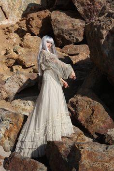 Antique 4 piece wedding dress - Whynaughtshop