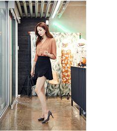 chuu_츄 - 츄(chuu) | 아직 잊지 않았어 skirt | BOTTOM