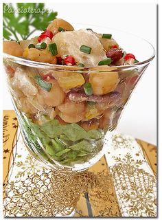 """Pra você que não é obrigado (a) conhecer o dicionário gourmet universal eu digo que """"verrine"""" é comida servida em copos tá? Essa aqui é uma saladinha que vai muito bem nas festas de fin…"""