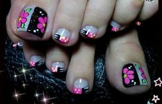70 Trendy Spring Nail Designs are so perfect for this season Hope they can inspire you and read the article to get the gallery. Pedicure Nail Art, Pedicure Designs, Toe Nail Designs, Toe Nail Art, Toe Nails, Acrylic Nails, Minimalist Nails, Nail Designs Spring, Spring Nails