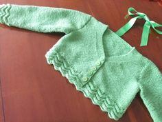 Chaqueta de algodón verde para niña.  Hecho por María Landín.