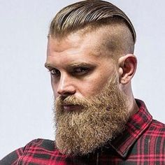 Manly Beard – Undercut with a long slick back and thick beard Manly Bart – Undercut mit langem Slick Back und dickem Bart - Unique Long Hairstyles Ideas Best Undercut Hairstyles, Mens Hairstyles With Beard, Haircuts For Men, Viking Hairstyles, Undercut Beard, Hairstyle Men, Hairstyles 2018, Long Undercut Men, Disconnected Undercut