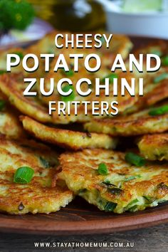 Cheesy Potato and Zucchini Fritters - Gesunde Rezepte Potato Dishes, Savoury Dishes, Vegetable Dishes, Vegetable Recipes, Vegetarian Recipes, Curry Recipes, Baby Food Recipes, Cooking Recipes, Skillet Recipes