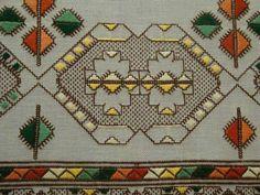 Neşe'nin gözdeleri Bargello, Bohemian Rug, Cross Stitch, Traditional, Embroidery, My Love, Antiques, Handmade, Farmhouse Rugs