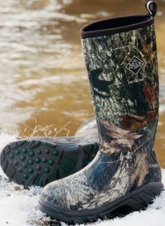 Want these for riding through the deep holes at River Ranch Hunting Camo, Hunting Boots, Hunting Clothes, Shoe Boots, Country Girls Outfits, Cold Weather Boots, Camo Outfits, Girls Be Like, Outfit