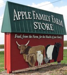 Fun Farm Sign - design for my day's new business! Farm Sales, Shed Wedding, Run In Shed, Sign Board Design, Apple Farm, Glamour Farms, Farm Store, Farm House Colors, Dog Logo