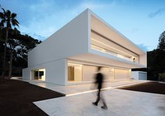 INTERIORS & CONTRACT -  EN | VALENCIA, HOUSE AMONG THE PINES The multi award-winning Studio Fran Silvestre Arquitectos masterminded this residential project in a green area, located just a few kilometers from Valencia airport.