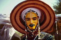 """""""Obsessed with the Wodaabe men of the south Sahara. In a courtship ritual each year, they paint their face and don their finest to woo young women, who judge from afar. (Hintmag.com)"""""""
