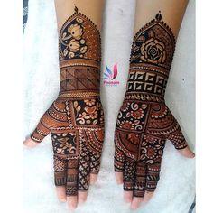 No photo description available. Basic Mehndi Designs, Khafif Mehndi Design, Floral Henna Designs, Latest Arabic Mehndi Designs, Finger Henna Designs, Mehndi Designs For Beginners, Dulhan Mehndi Designs, Mehndi Designs For Fingers, Mehndi Design Photos