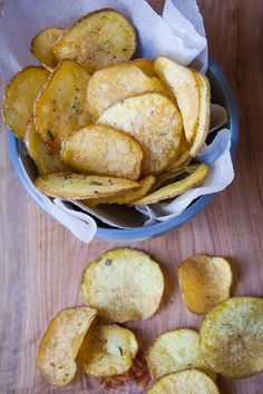 These are homemade potato chips. Photo and recipe by Irvin Lin of Eat the Love. www.eatthelove.com