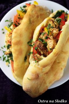 Garlic Naan, Tortellini, Hot Dog Buns, Street Food, Italian Recipes, Chicken Recipes, Food And Drink, Catering, Cooking Recipes