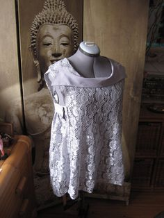 Upcycled clothing  Woman blouse back to front by Bidouilledefripes, €50.00