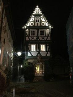 Kleine Gassen und zauberhafte Fachwerkhäuser – Stauferstadt Bad Wimpfen