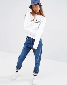 9bae6966904c Fila Sweat, Denim Trends, Sweater Weather, Mom Jeans, Classic Style, Ciel